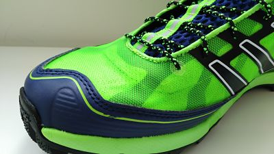 détail toe box salming elements