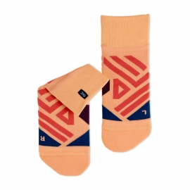 On Running Mid Sock Coral Navy Femme