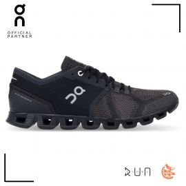 On Running Cloud Waterproof Black Lunar Femme